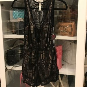 Other - ✨NWT! Romper